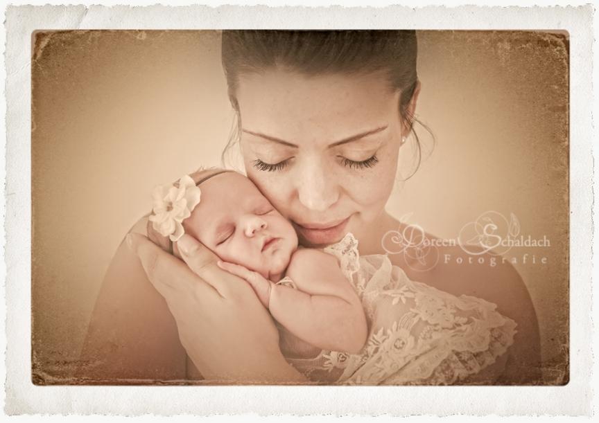 mama mit baby, fotostudio potsdam, fotograf potsdam, babyfotos potsdam, babyfotos berlin, babyfotograf berlin, mama baby foto, neugeborenenfotos berlin, neugeborenenfotos potsdam, neugeborenenfotografie, neugeborenenfotograf